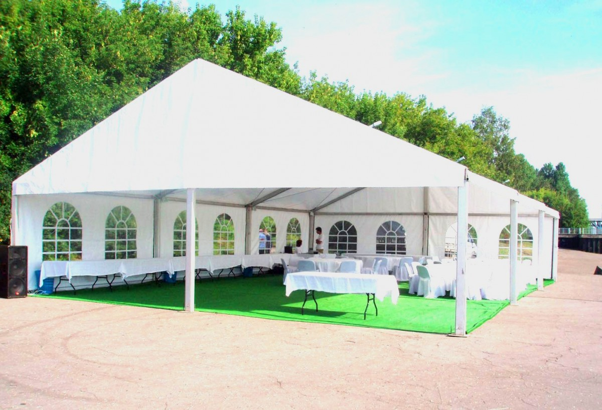 Двускатный шатер аренда